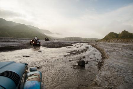 Explorar Mt. Pinatubo. Una hora de viaje en 4x4 a través de Capas, Tarlac ruta