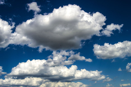 Various clouds in the sky, rain clouds, indoor air, rainy weather black cloud pictures