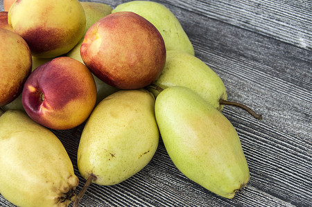 Mature pear pictures in the basket, natural and organic santa maria pear fruit pictures, Wonderful pear pictures in a fruit basket Stock Photo