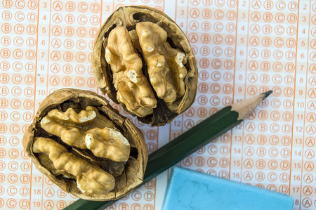 students regularly eat walnuts.He survives the walnut meal,