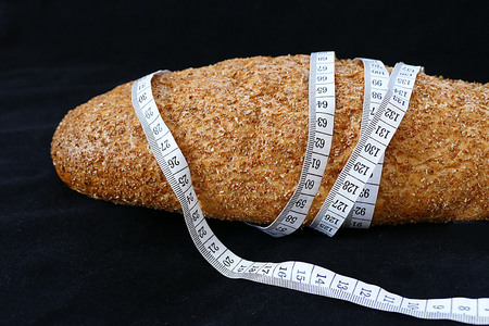 wholemeal wheat bread for slimming Banco de Imagens - 115855725