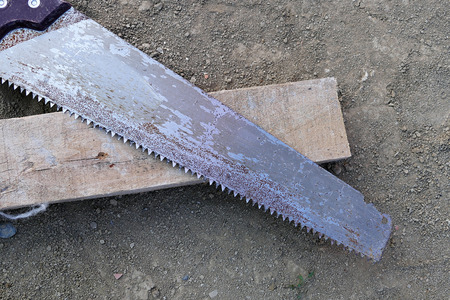 metal saw, close-up, manual saws from construction vehicles Banco de Imagens - 115853999