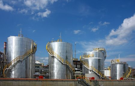 petrochemical plant: oil refinery with tanks