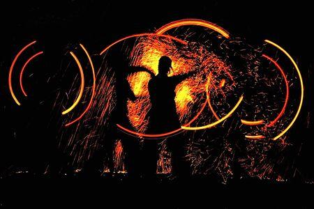 baile de la noche con fuego