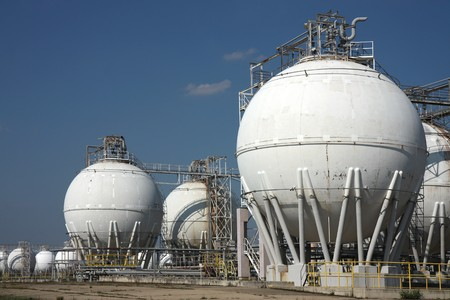 tanks in oil refinery factory Stock Photo