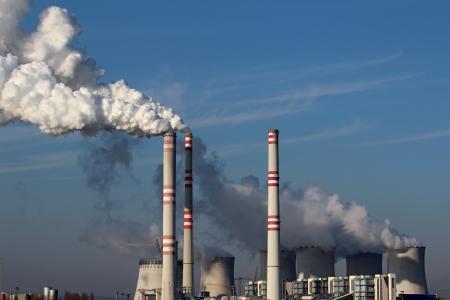石炭発電所からの巨大な煙 写真素材