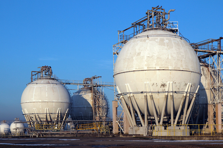 crude oil storage tanks in oil refinery backyard