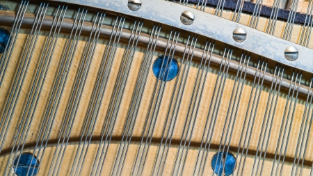upright piano: Detail of an upright piano strings