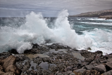 Waves hitting the coastal rocks, Tenerife Stock Photo - 14977137
