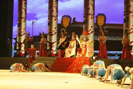 knave: theatre of dancing in Xian  Xian, China