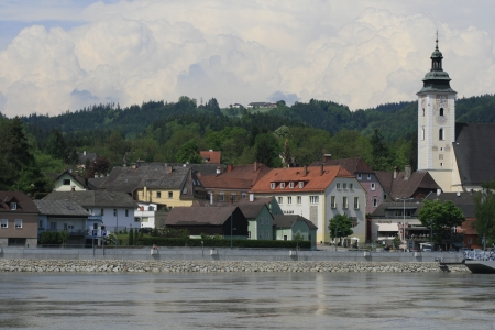 giles: Grein with parish of St  Giles and the Danube in the foreground