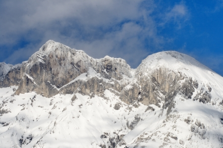snowcapped: Hohe Munde with Telfs in Tyrol, Austria with snow