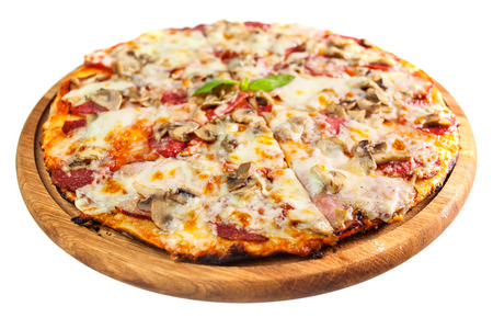 italian salami: an image of delicious pizza