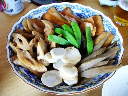 exclusively: Nimono, a typical Japanese dish. In this case, it consists exclusively of fish and vegetables.