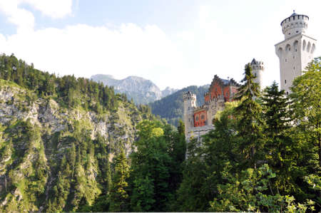 ludwig: Beautifully located in the Bavarian Alps, there is the famous fairy tale castle Neuschwanstein.