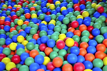 pool ball: Estanque de bola llenos de bolas de goma color, suave.