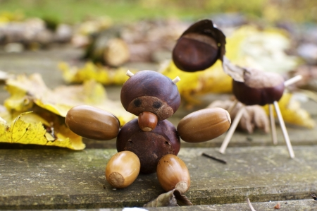 Small figurines made from chestnuts and acorns, a bear and a horse