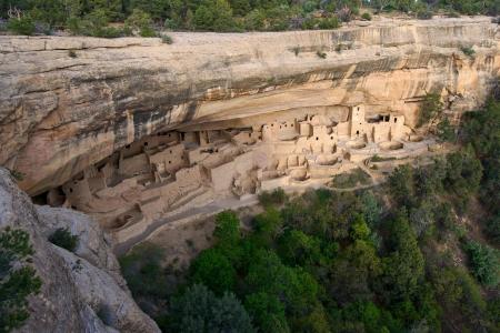 anasazi: Anasazi abitazioni rupestri a Mesa Verde National Park, CO