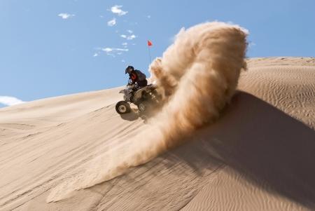 cornering: Quad-bike in Glamis sand Dunes