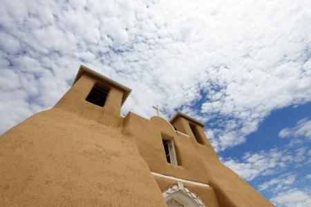 サン Francisco de Asis 教会タオス、ニュー メキシコ州