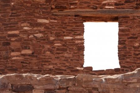 サリナス プエブロ国定バラドクアライ遺跡の窓
