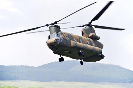 chinook: Chinook CH-47, tandem rotore di un elicottero militare.