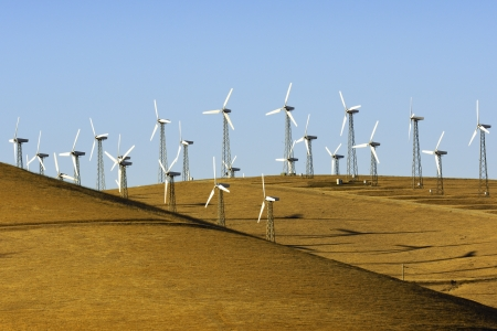 altamont pass: Wnd turbines in the golden hills of California Stock Photo