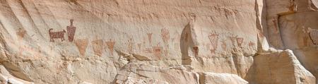 anthropology: Pictographs at the Horseshoe Shelter Site in Horseshoe Canyon, Canyonlands National Park, UT