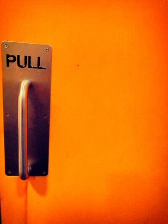 Pull knob