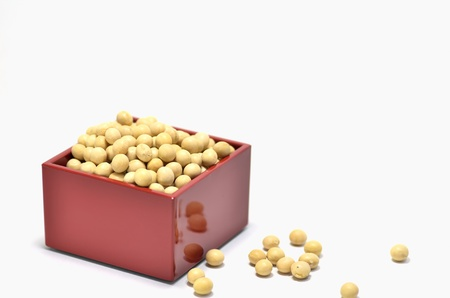 One-go Measure and Soybeans. A soybean is used by an annual event of Japan. Stock Photo - 11967104