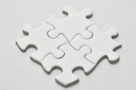 puzzle pieces: Plain White Puzzle, auf wei�em Hintergrund.