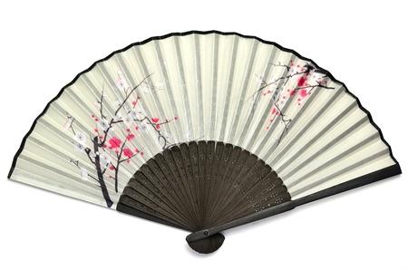 japones bambu: El ventilador japon�s plegable que contiene la imagen de la ciruela. Foto de archivo