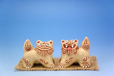 シーサー。沖縄伝説の獣の像。 写真素材