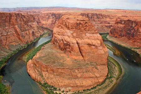 Horseshoe Bend canyon photo