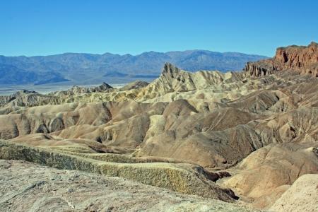 男らしいビーコン - ザブリスキー ポイント、カリフォルニア州デスバレー国立公園からの風景