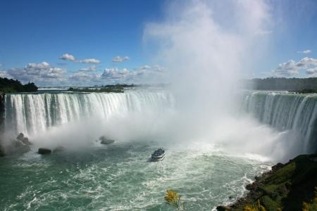 Boat and Niagara Falls