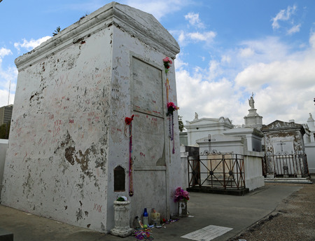 Voodoo Queen s grave - Marie Laveau Mausoleum, New Orleans, Louisiana Stock fotó - 30477169
