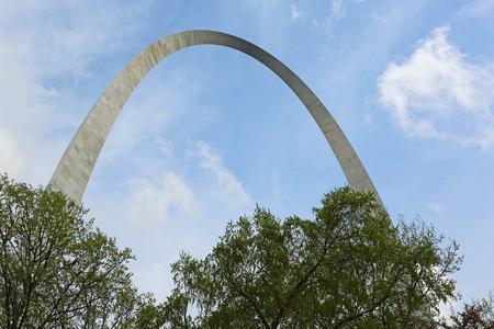 Gateway Arch over trees, St Louis, Missouri