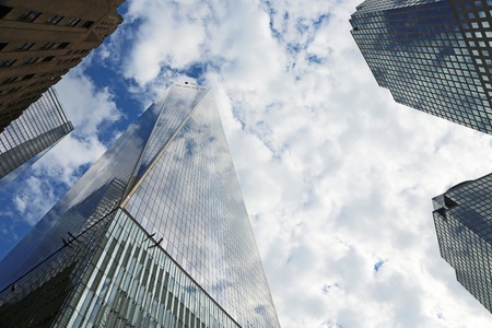 manhattan mirror new york: Freedom Tower and others skyscrapers, New York City Stock Photo
