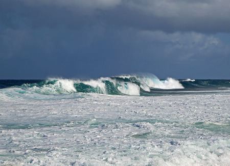 pacific: Pipe wave - Pacific, Hawaii