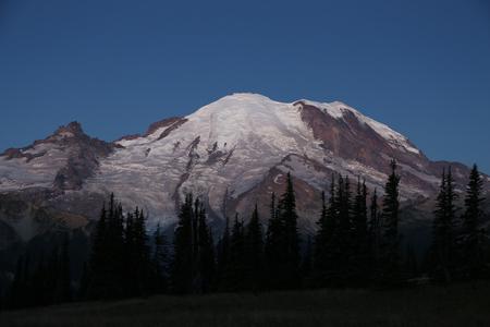 mount rainier: Mount Rainier at night- Washington
