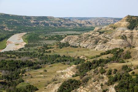 theodore: Little Missouri River - Theodore Roosevelt NP, North Dakota