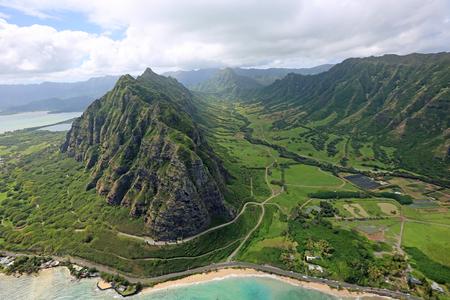 Kaaawa Valley in Kualoa Ranch - Oahu, Hawaii
