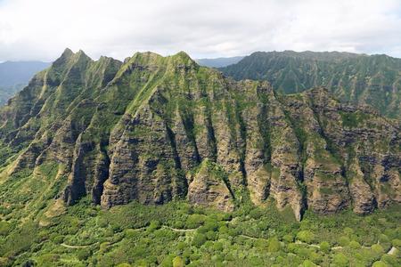 Oahu: Mountains of Kualoa Ranch - Oahu, Hawaii