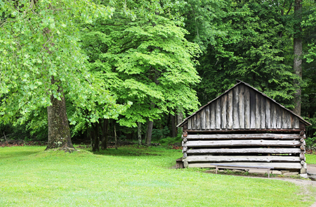 smoky mountains: Historical cabin, Great Smoky Mountains NP, Tennessee