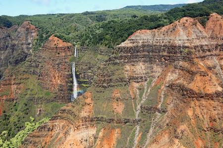kauai: Waipoo Falls in Waimea Canyon - Kauai, Hawaii