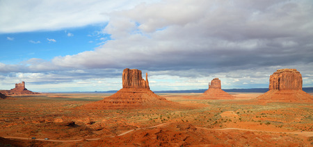 monument valley view: Panoramic view at Monument Valley, Arizona