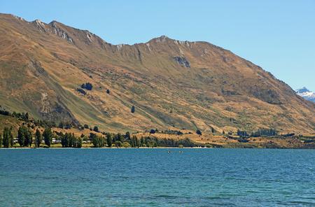 Vacations on Wanaka Lake, New Zealand