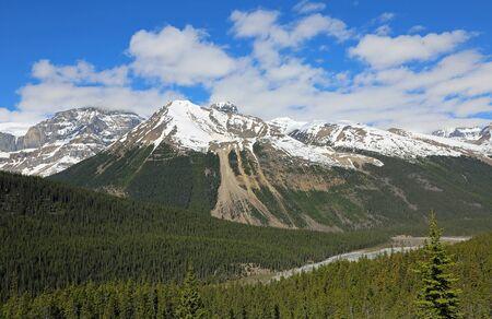 Sunwapta Valley, Jasper NP, Canada