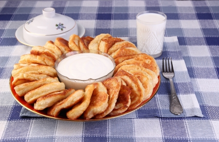 fritters: Fritters with sour cream
